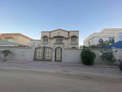 6 Bedroom Villa for Sale in Al Mirgab, Sharjah - For sale villa in Al-Mirqab area, Sharjah