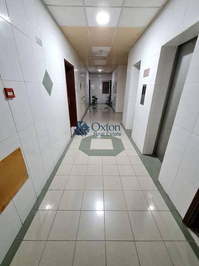 فلیٹ 1 غرفة نوم للايجار في المجاز، الشارقة - 45 Days Free 1-BHk With Wardrobe In Al Majaz