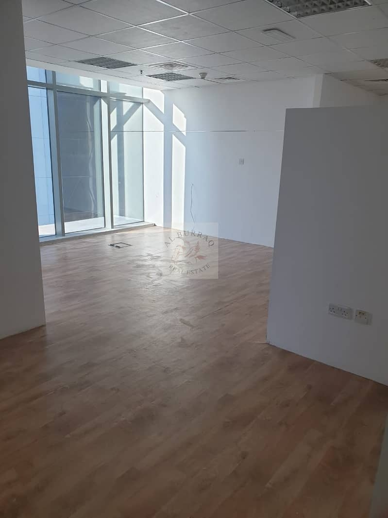 SPACIOUS OFFICE FOR RENT IN BUSINESS BAY