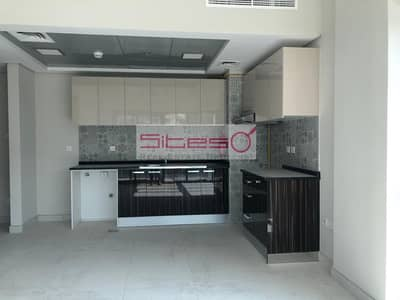 1 Bedroom Flat for Rent in Dubai South, Dubai - Brand new 1 bedroom /Unfurnished / Pool view