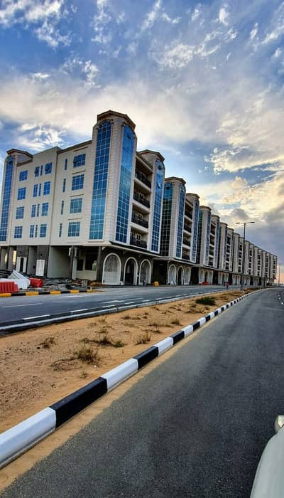 Plot for Sale in Tilal City, Sharjah - For sale residential land G + 1 area 4174 ft2 in Tilal C Sharjah Price AED 600,000 directly from the owner