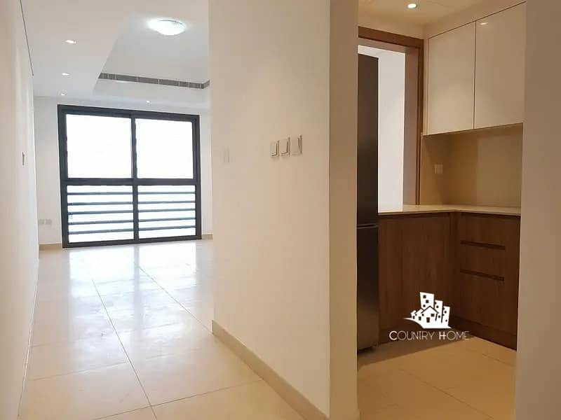 Massive 2BR    with Kitchen Appliances  Balcony