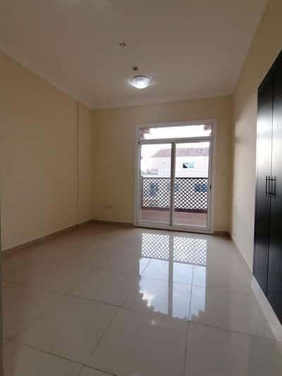 SPACIOUS SIZE 2 BHK AT PRIME LOCATION IN AL WARQAA 42K