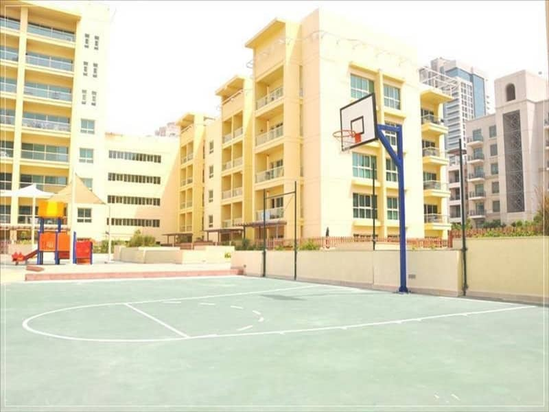 10 1 BR Huge Layout Best Community Ready to Move -