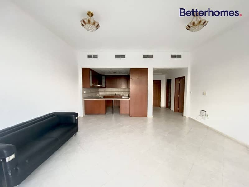 2 Hot Deal |Swimmimg Pool view |one Bedroom
