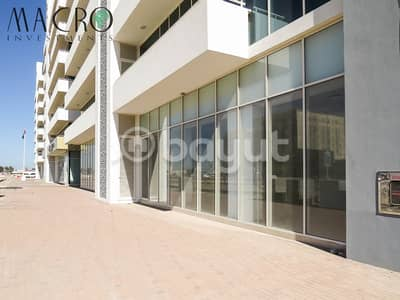 Showroom for Rent in Al Maqtaa, Umm Al Quwain - For rent +5