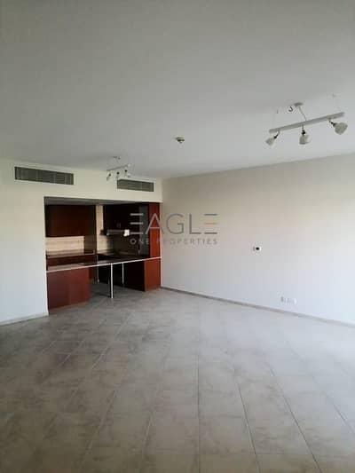 شقة 2 غرفة نوم للايجار في موتور سيتي، دبي - Garden View   Bright and Spacious   Balcony