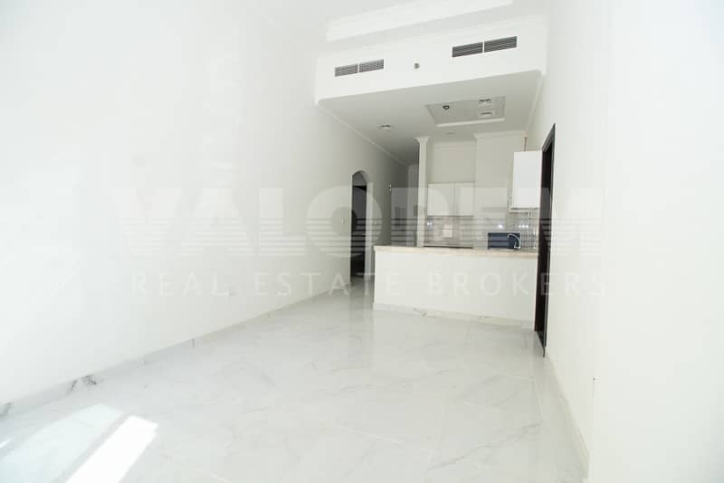 CHILLER FREE |SPACIOUS| 2 +MAIDS ROOM| HOT DEAL|BIG BALCONY