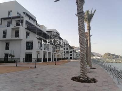 Luxury 3 Beds Apartment| Beachfront Residences| Fully Furnished