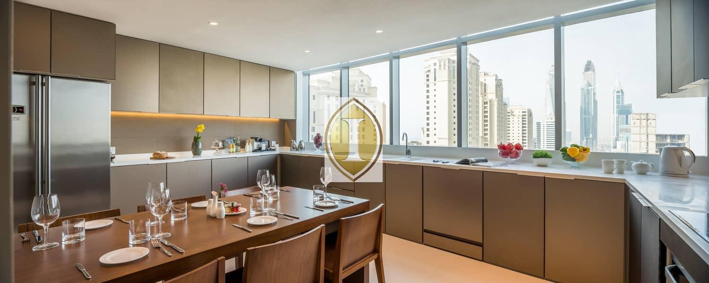 2 Penthouse | High Floor | Jacuzzi