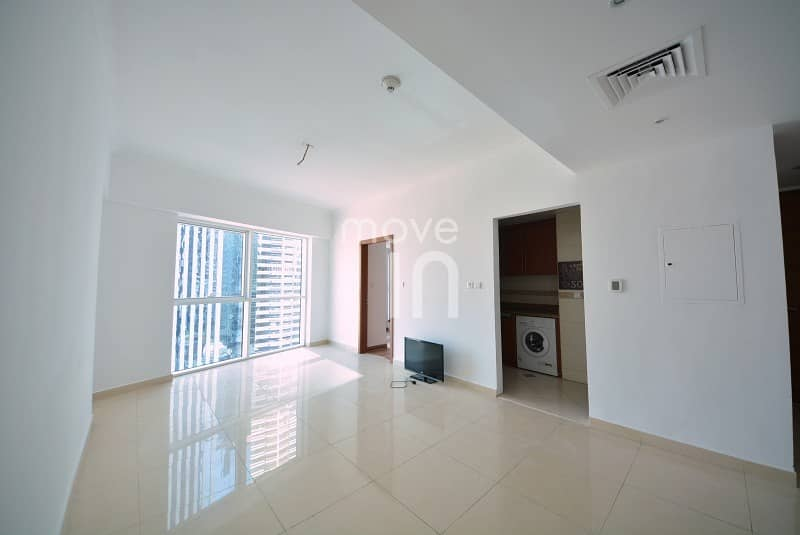 End Users & Investors | Semi-Furnished 1 Bed | Vacant
