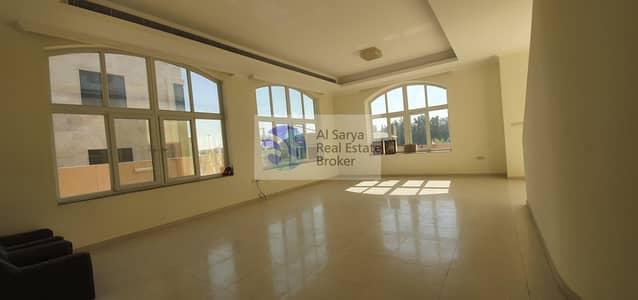5 Bedroom Villa for Rent in Oud Al Muteena, Dubai - luxurious High Finishing 5Bed|Majlish|Maid|Garden