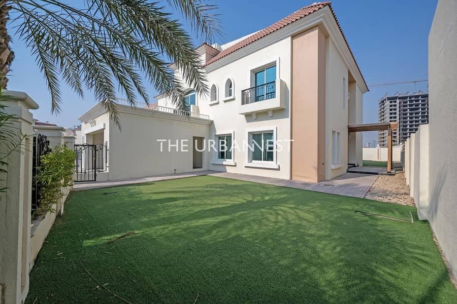 2 5 BD | Great Family Villa in Fantastic Condition