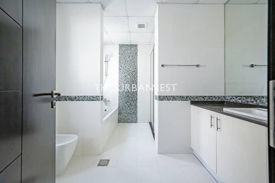 22 5 BD | Great Family Villa in Fantastic Condition