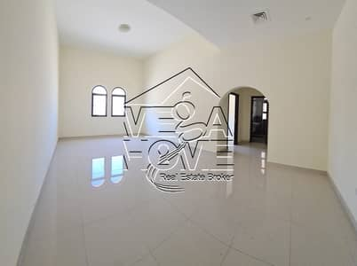 2 Bedroom Apartment for Rent in Al Shahama, Abu Dhabi - 2-Bedroom Apartment in lovely complex