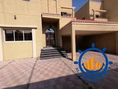 Villa for Rent in Al Rawda, Ajman - For rent, a wonderful commercial villa on the street directly, a privileged location in the Rawda area