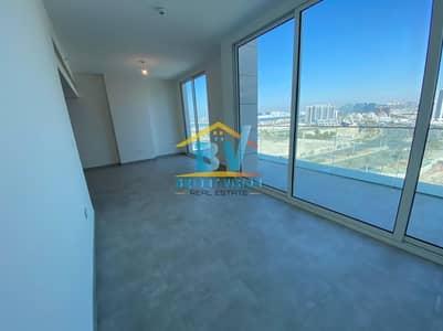 استوديو  للايجار في شاطئ الراحة، أبوظبي - Amazing View Modern Studio with Huge balcony in Al Raha
