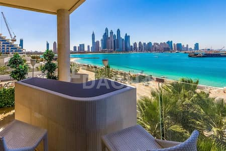 4 Bedroom Penthouse for Sale in Palm Jumeirah, Dubai - PENTHOUSE // With Private Pool // Full Sea Views