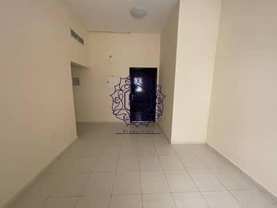 شقة 1 غرفة نوم للايجار في تجارية مويلح، الشارقة - No cash diposite 1bhk balcony 2 washrooms