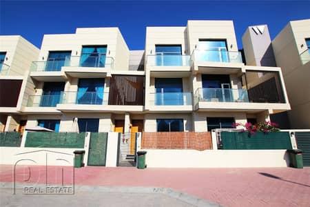 5 Bedroom Villa for Rent in Jumeirah Village Circle (JVC), Dubai - Amazing Living Space | Garden | Upgraded