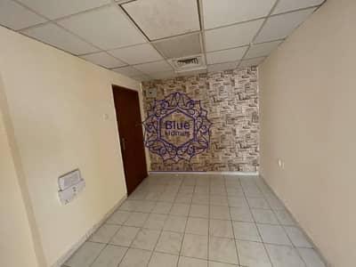 شقة 2 غرفة نوم للايجار في تجارية مويلح، الشارقة - No diposite 1month free 2bhk balcony in muwaileh