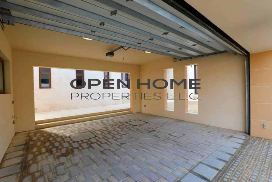 15 Hot Deal!Sparkling 6BR Villa Affordable Price!