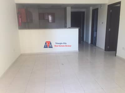 vacant ready to move one bed room Emirates cluster