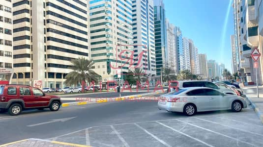 Showroom for Rent in Al Najda Street, Abu Dhabi - LARGEST SHOWROOM WITH THREE FLOORS!!! BEST LOCATION WITH ENTER TO PARKING!!