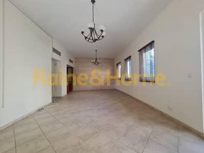 شقة 2 غرفة نوم للايجار في موتور سيتي، دبي - Large Living Room | Bedrooms Ensuite | Laundry