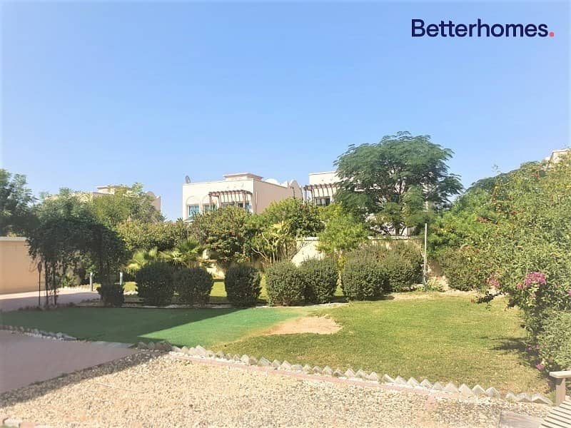 2 Landscaped Garden | District 3 | Available Now