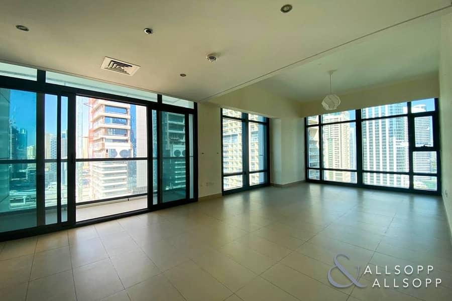 2 Bedrooms | Lake Views | Bright Apartment