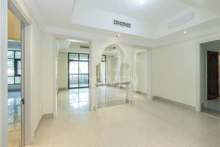 2 Bedroom Apartment for Rent in Old Town, Dubai - Vacant | Serene community | Chiller Free