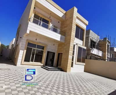 4 Bedroom Villa for Sale in Al Amerah, Ajman - personal finish Villa in very good location on the main road.
