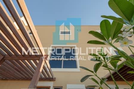 3 Bedroom Villa for Rent in Al Raha Gardens, Abu Dhabi - Fabulous Type 8| Spacious Rooms| Great Community