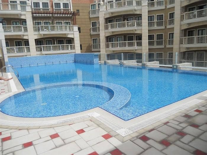 11 Spacious 1 BR Huge Balcony Fully Furnished