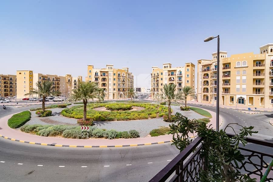 11 Unfurnished   Vacant   1 Bedroom with Balcony   Emirates Cluster