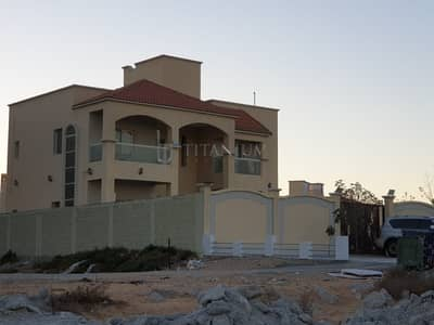 4 Bedroom Villa for Sale in Al Jurf, Ajman - LIKE NEW VILLA 5 MASTER BEDROOMS HALL MAJLIS MAID ROOM AL JURF