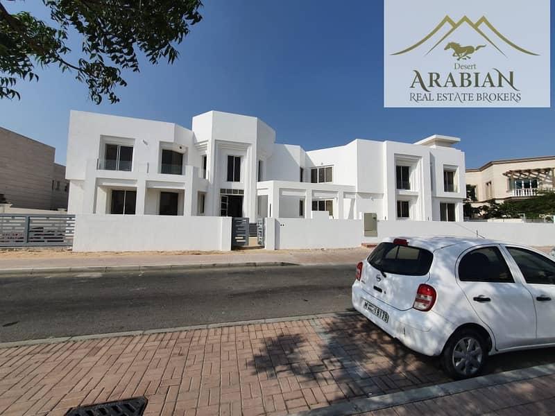 2 Lake View | Luxury | Brand New 9BR Villa
