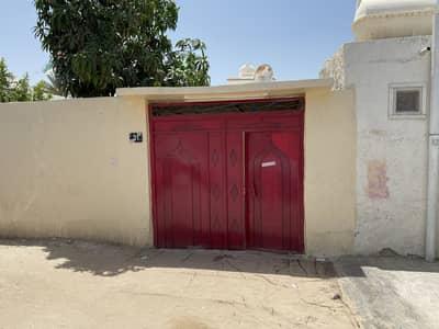 3 Bedroom Villa for Sale in Al Sabkha, Sharjah - Ground floor house with garden for sale in Sabkha