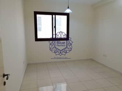 شقة 2 غرفة نوم للايجار في بر دبي، دبي - Sharing Alow 2bhk with balcony only 55k in Mankhool