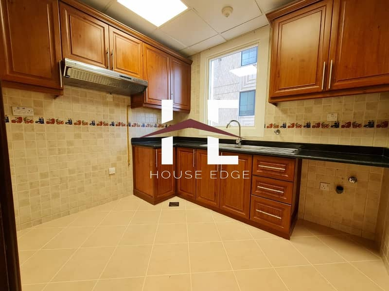 2 Lovely 1 BHK with Closed Kitchen
