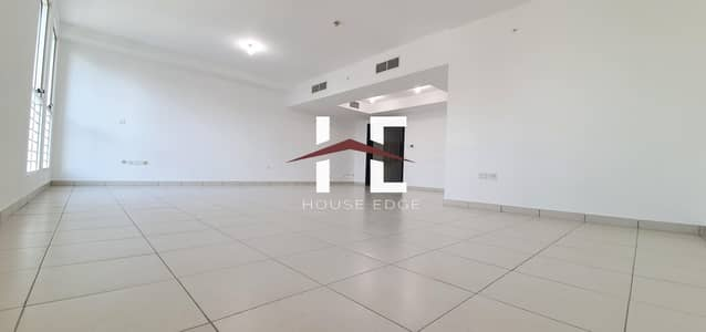 3 Bedroom Flat for Rent in Rawdhat Abu Dhabi, Abu Dhabi - Huge 3 Bed Room with Maid Room.