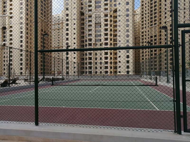 Marina , 3 b/r with chiller free , 4 cheques , marina view , 5 min walking beach and metro