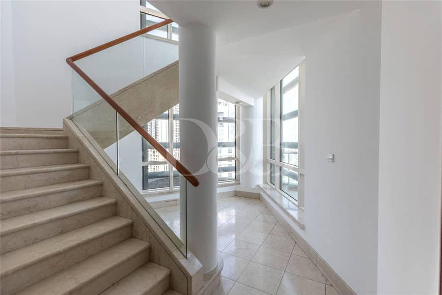 10 Duplex 3BR Unit | Huge Terrace | Negotiable