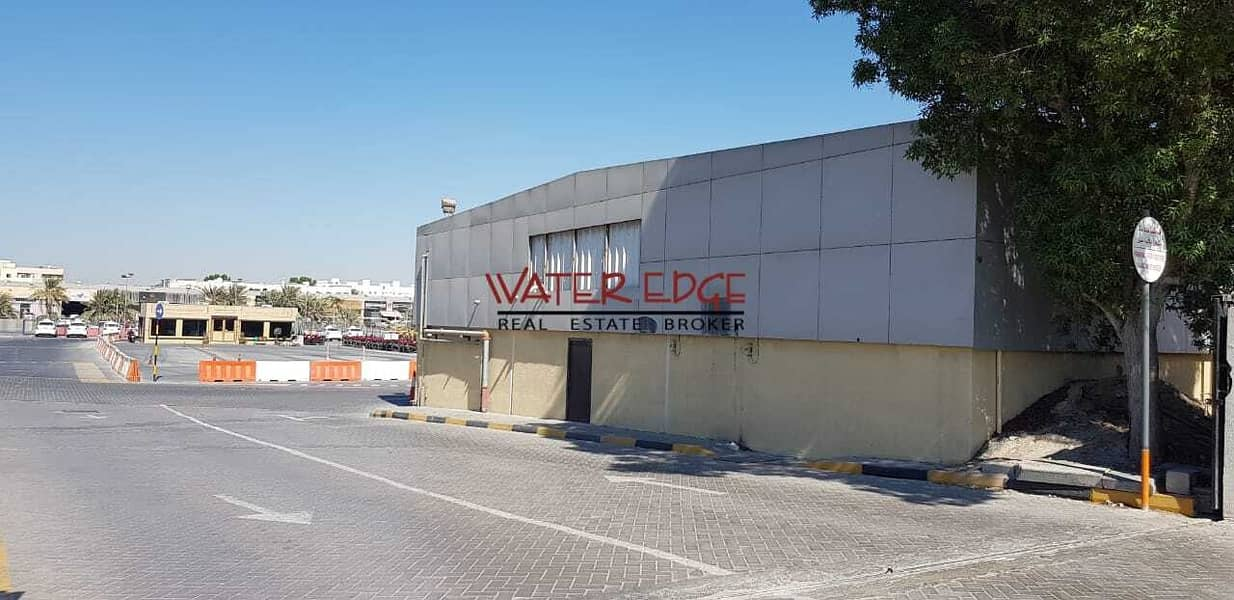 2 Easy Access to SZR | Huge Warehouse | Ideal Location