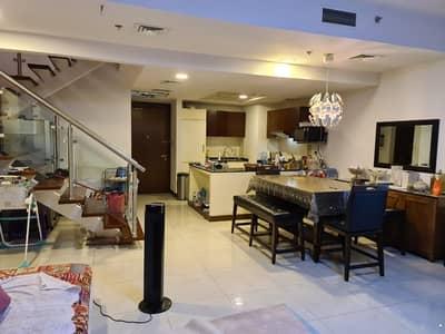 شقة 4 غرف نوم للبيع في قرية جميرا الدائرية، دبي - duplex apartment for sale 4 master bedroom /  villa pera JVC