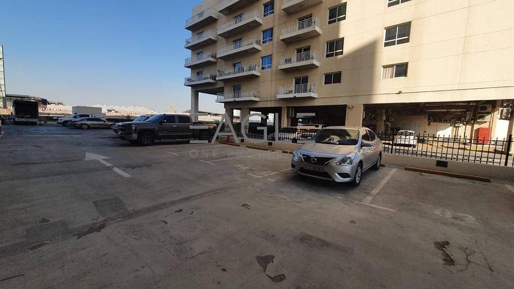 15 Huge  and Stunning 1 BR | Balcony | Liwan Queue Point