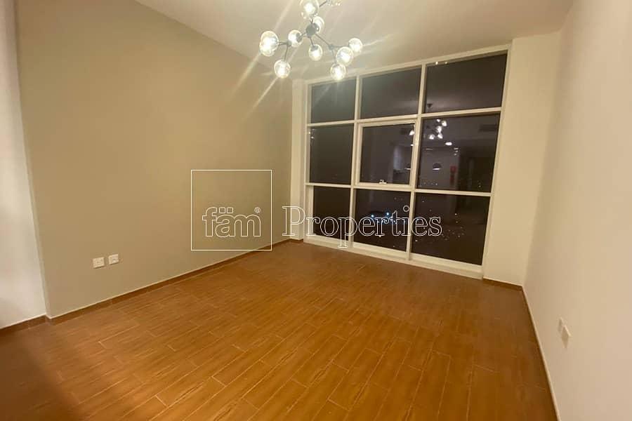2 High Floor Studio Apt I Vacant I great Deal !
