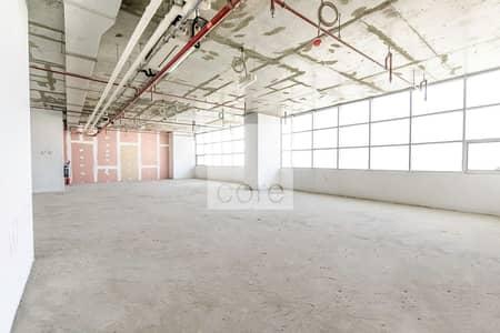 مکتب  للبيع في أبراج بحيرات الجميرا، دبي - Shell and Core | High Floor | Close to Metro