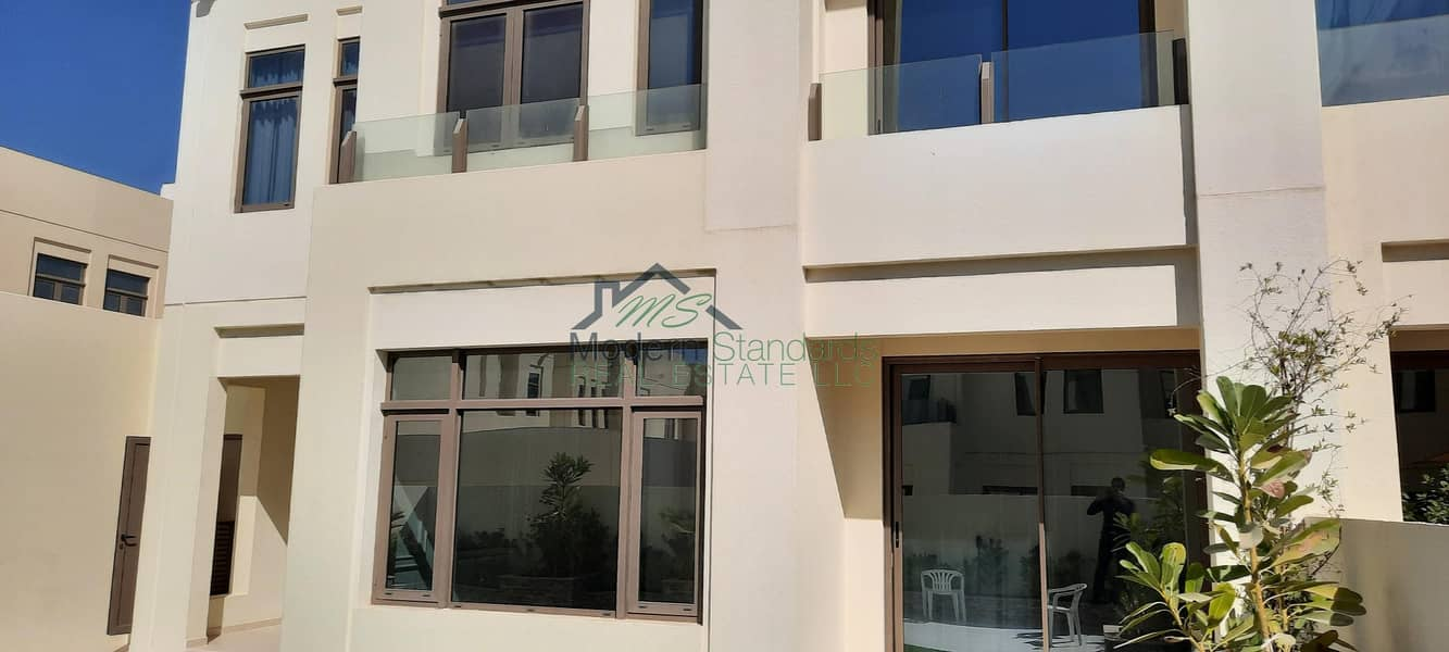 12 Ready to Move in | Upgraded 4Bedroom+Study+Maid Villa | Mira Oasis 2